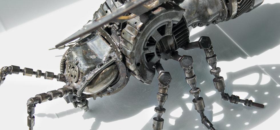 Bee scrap metal art sculpture head