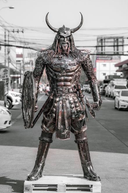 Viking warrior scrap metal sculpture_.jp