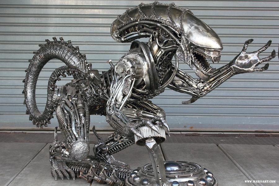 Best Alien metal art sculpture table