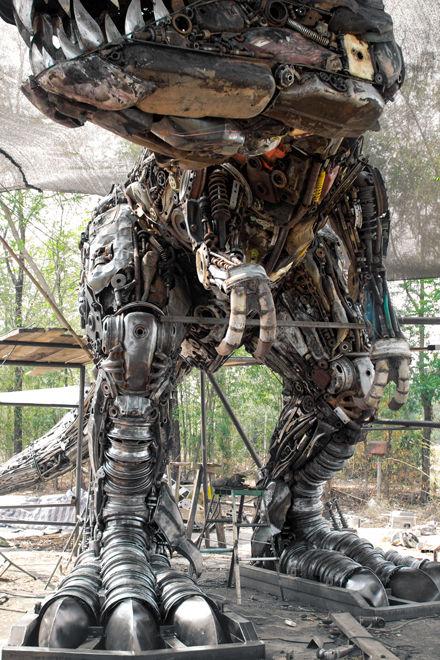 Metal art trex dinosaur life size1