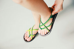 Braided sandals in green color toe past style