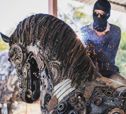 welding Horse life size scrap metal art sculpture
