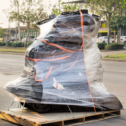 Packing metal sculpture large size