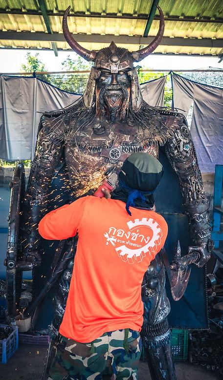 making viking metal sculpture-2.jpg