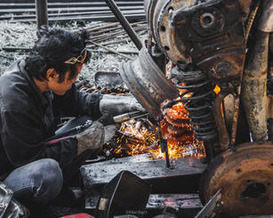 dinosaur trex scrap metal sculpture-4.jpg