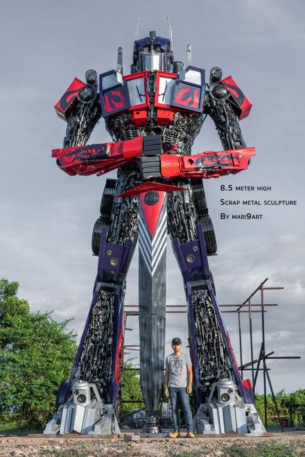 optimus transformer scrap metal sculptur