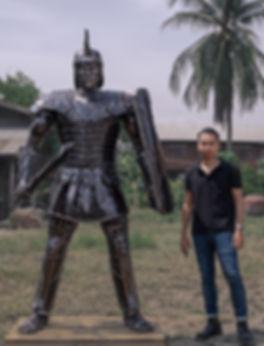 roman warrior metal sculpture compare si