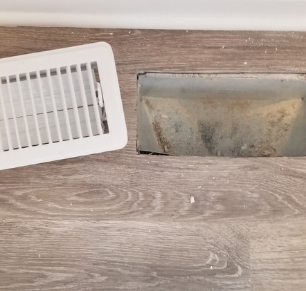 AIR VENT BEFORE CLEANING