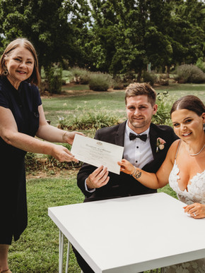This Celebrant Vicki Polglase Shelby and Mitch Wedding Bendigo 2021