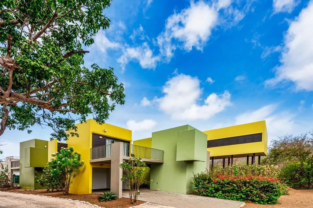 Hummingbird villa.jpg