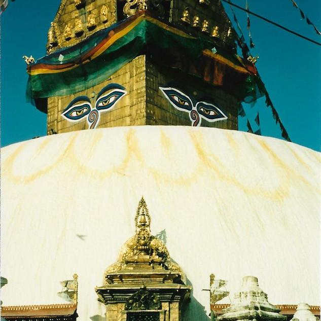 Bodanath - Kathmandu, Nepal 19880002.jpg