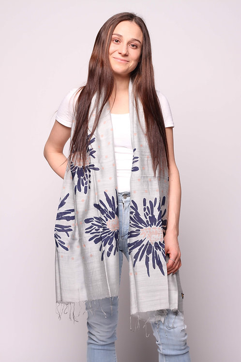 Dhalia Scarf in Dove Grey/Navy