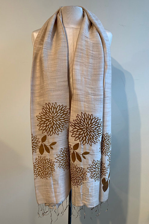 Chrysanthemum Scarf in Taupe