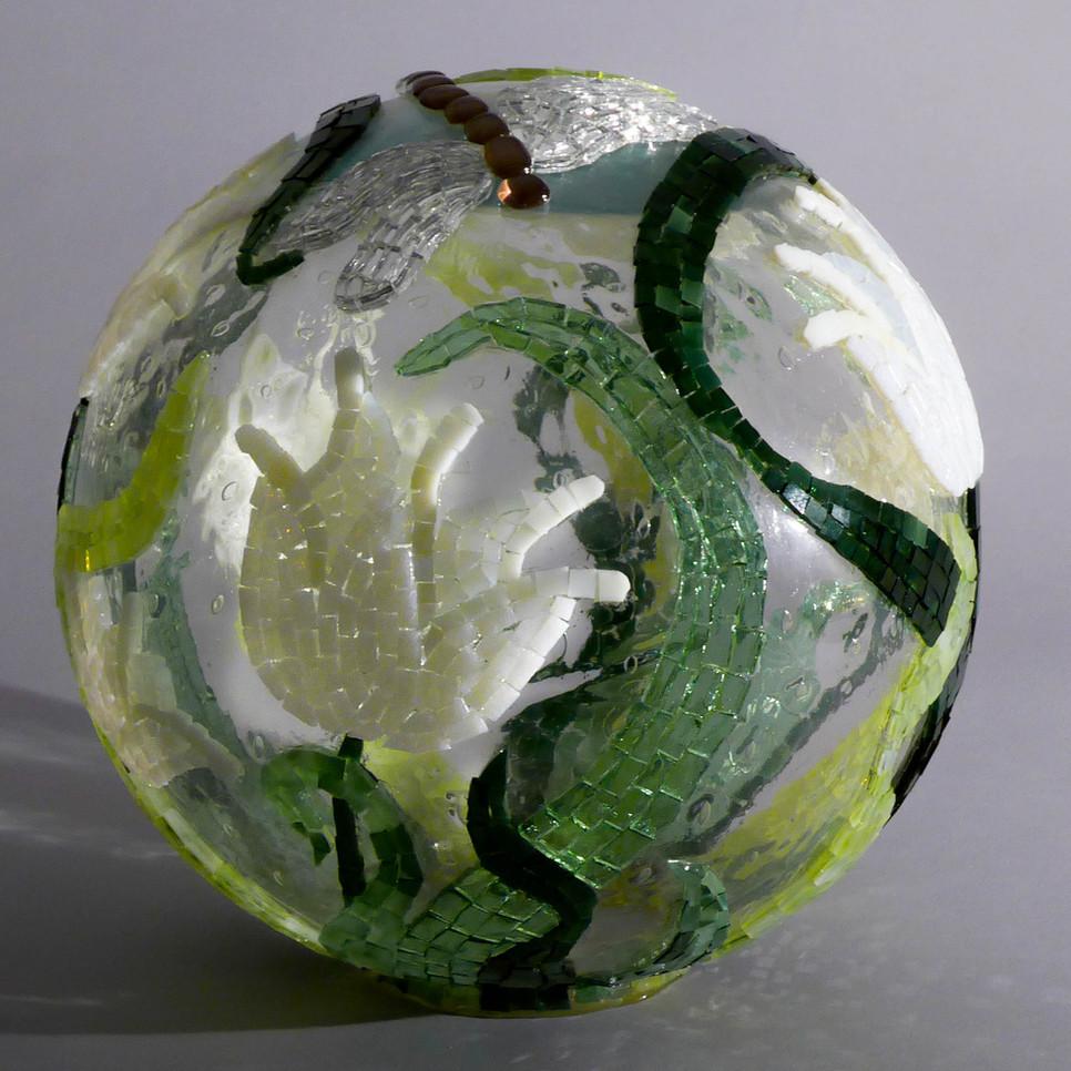 Glaskugel mit Mosaik 2011.jpg