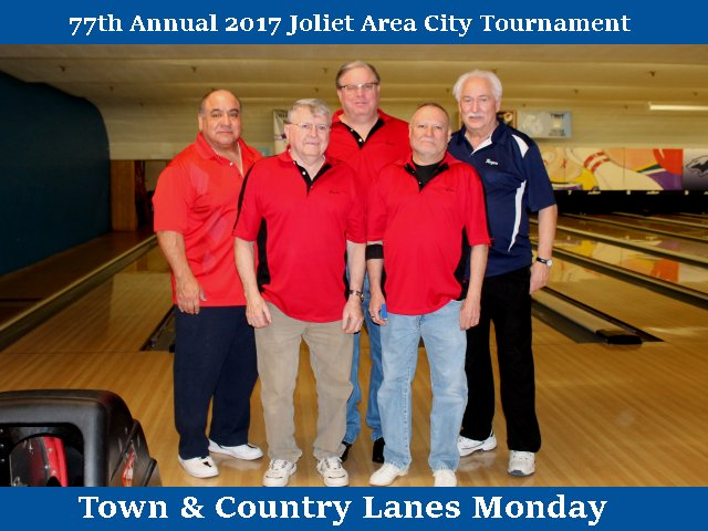 Town & Country Lanes Monday