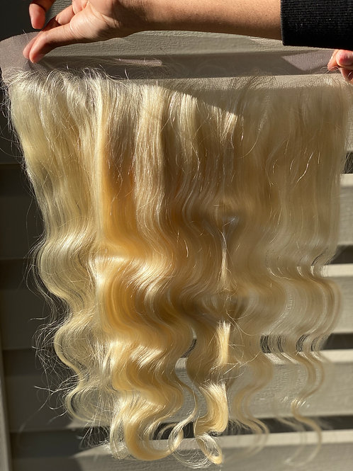 NATURAL BLONDE LACE FRONTAL