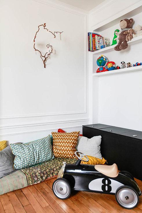 Décoration d'une chambre d'enfant dans une ambiance bohème