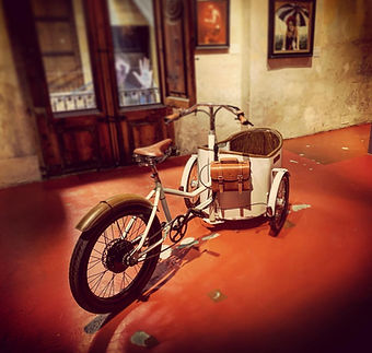 Trixie Rayvolt retro elec bike.jpg