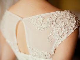 Why Smart Brides Rent Their Wedding Gown