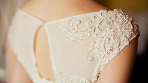 Bridal elegance for the fuller figure