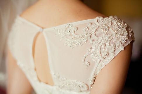 szczegóły-of-piękne-ślubnej sukni