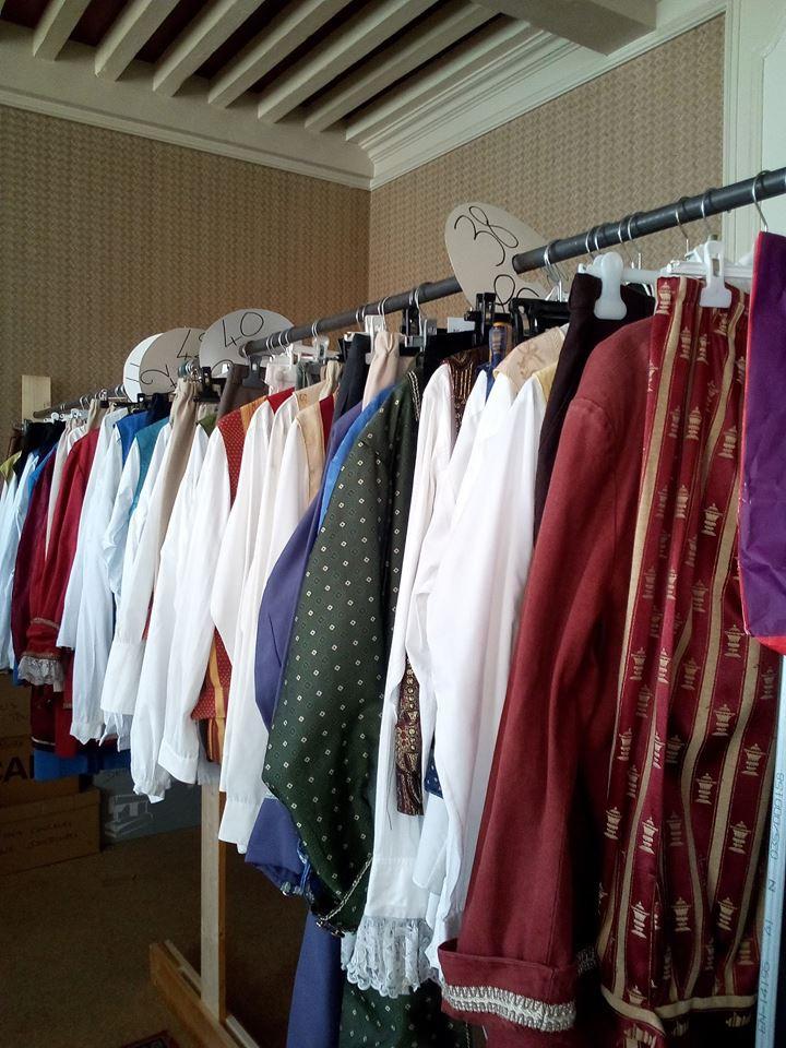 Et beaucoup d'autres costumes en boutique !