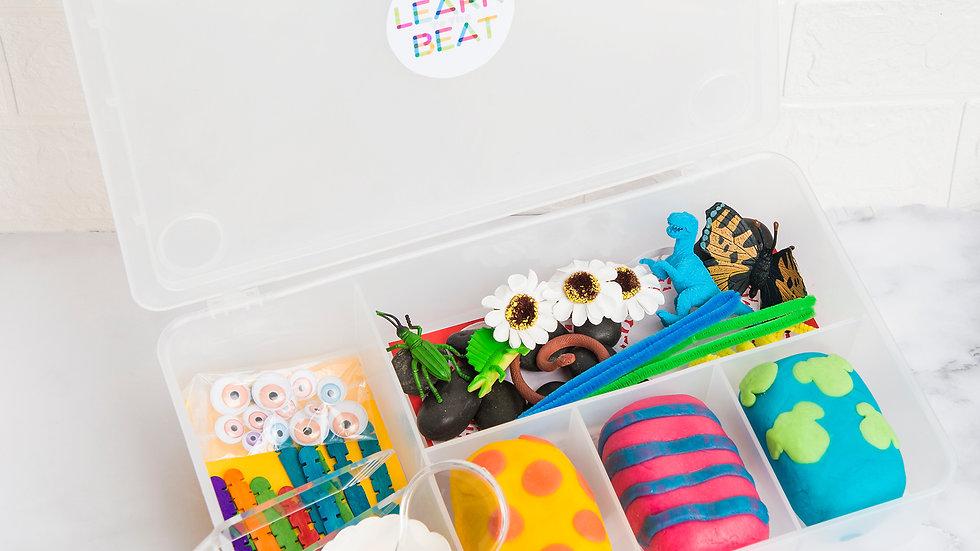 Playdough kit, 'In the Garden'