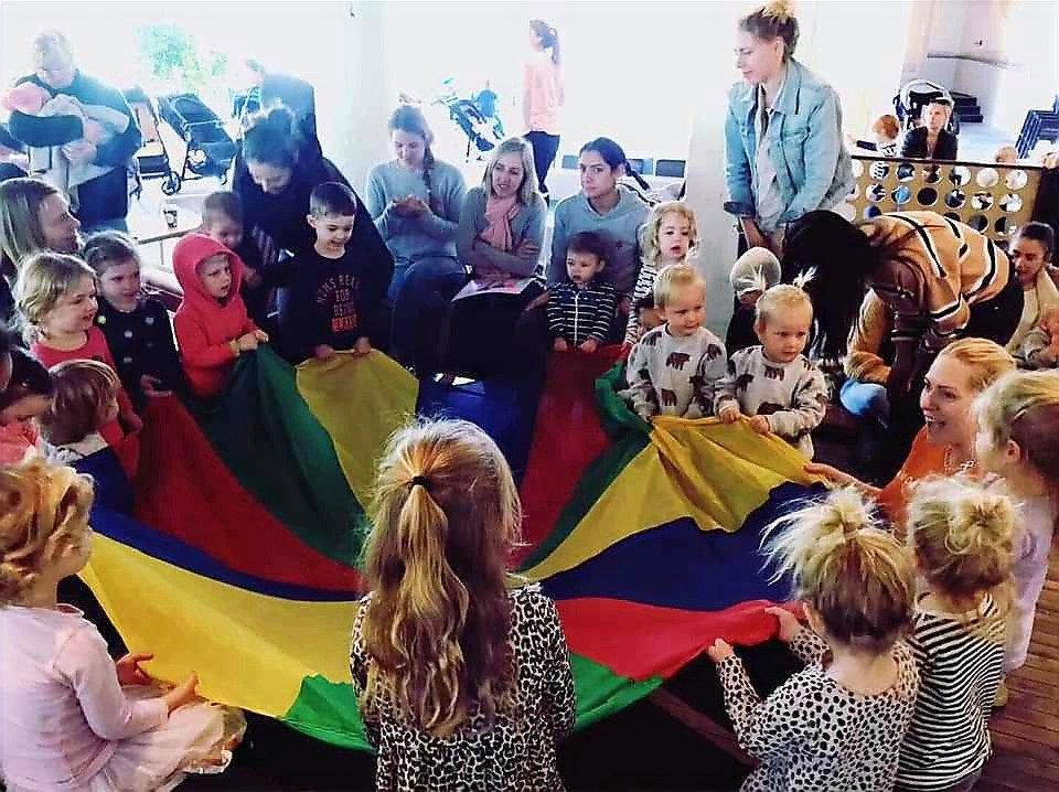 Dance and activity class Thurs 930am