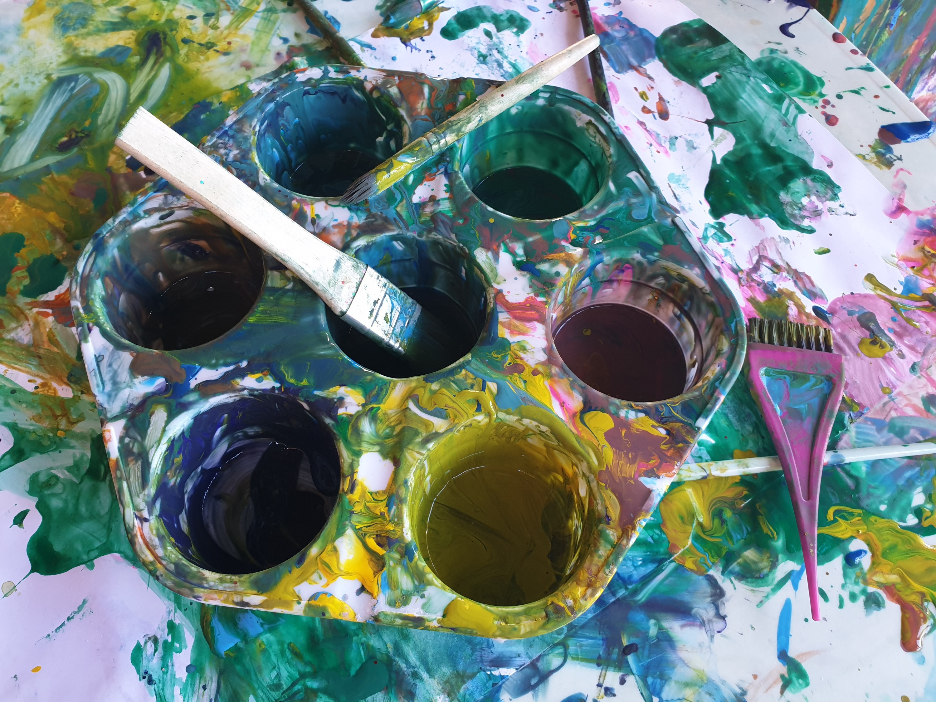 Messy Play Tues and Fri 930 and 1040am
