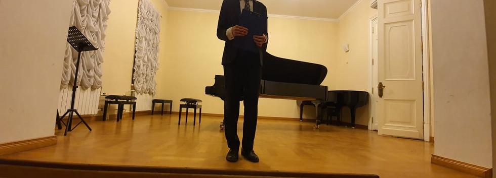Директор музея А.А.Гапонов