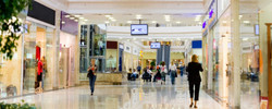 dreamstime_shopping mall banner
