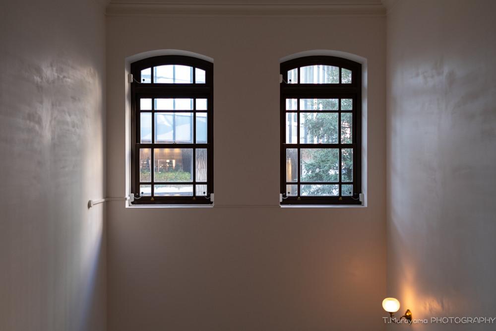 窓からの光が、美しいグラデーションを作ります