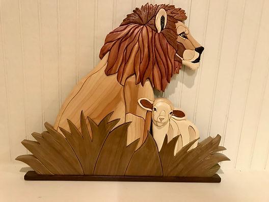 Lion Intarsia.jpg