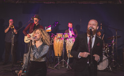 Shakers of Soul Wedding Band Manches