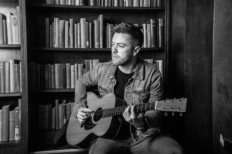 Acoustic guitarist singer Manchester