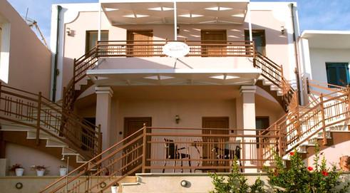 Villa Nostalgia Lentas