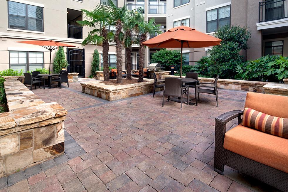 Overton_Residential_Architecture_Real Estate Photography_Atlanta_Exterior_KarenImages 2020 - 21