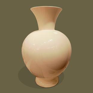 Gran jarrón de porcelana esmaltada en blanco. Lavenia.