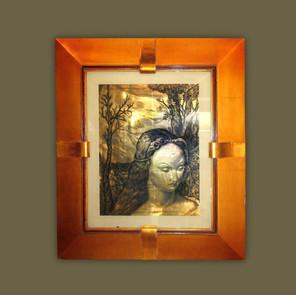 Dibujo a plumilla sobre cristal mostrando una Madonna con paisaje de fondo.