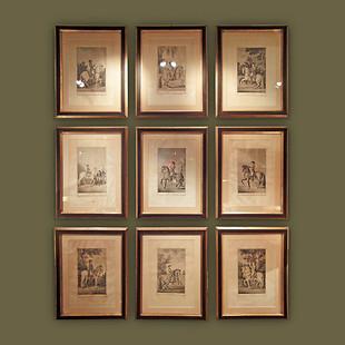 """Colección de nueve grabados al agua fuerte de la serie del """"Real Picadero"""" enmarcados en negro y dorado. Antonio Carnicero."""