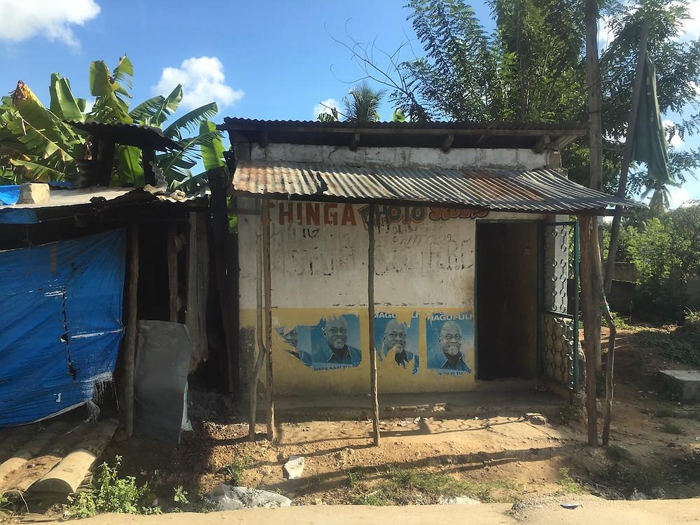 Sklep w wiosce Uroa