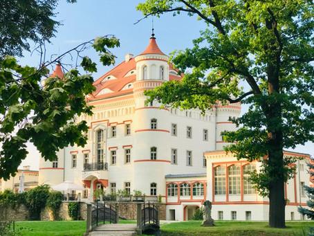 Pałac Wojanów romantyczny hotel w pięknym ogrodzie