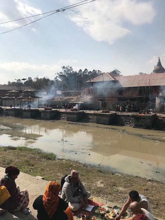 Pashupathinath Temple i  Święta Rzeka  Bagmati