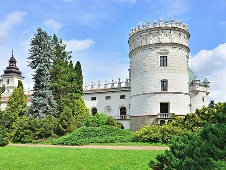 Misternie zdobiona w renesansowo manierystycznym stylu perełka Podkarpacia - Zamek Krasiczyn