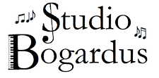 Studiologotransparent.png