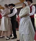 danse folklorique.jpg