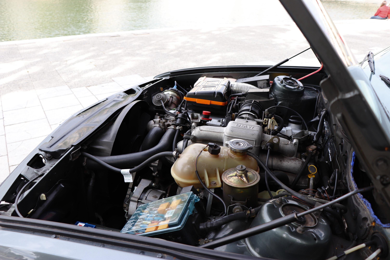 Moteur BMW 528i de 1985