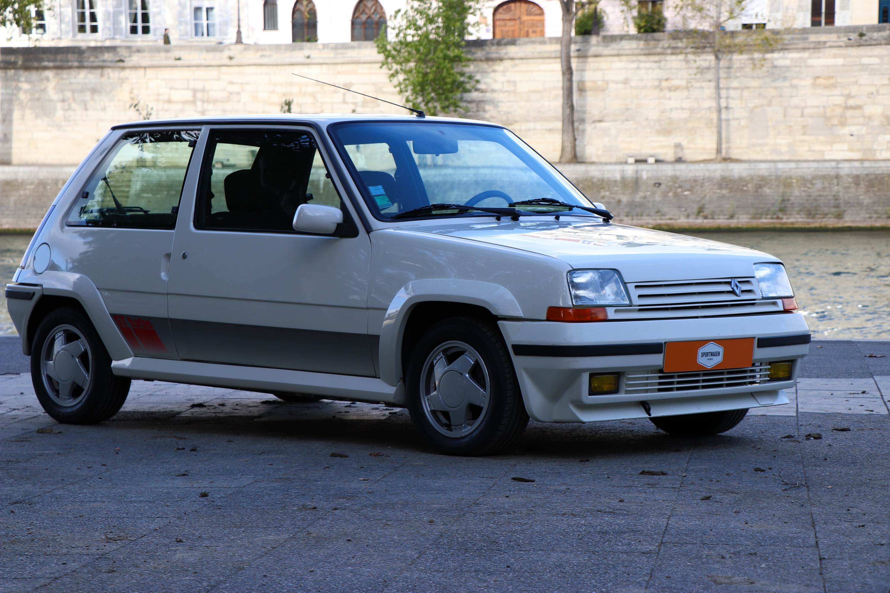 Super Cinq GT Turbo de 1989