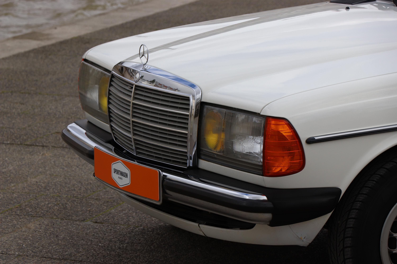 Mercedes 230E de 1982