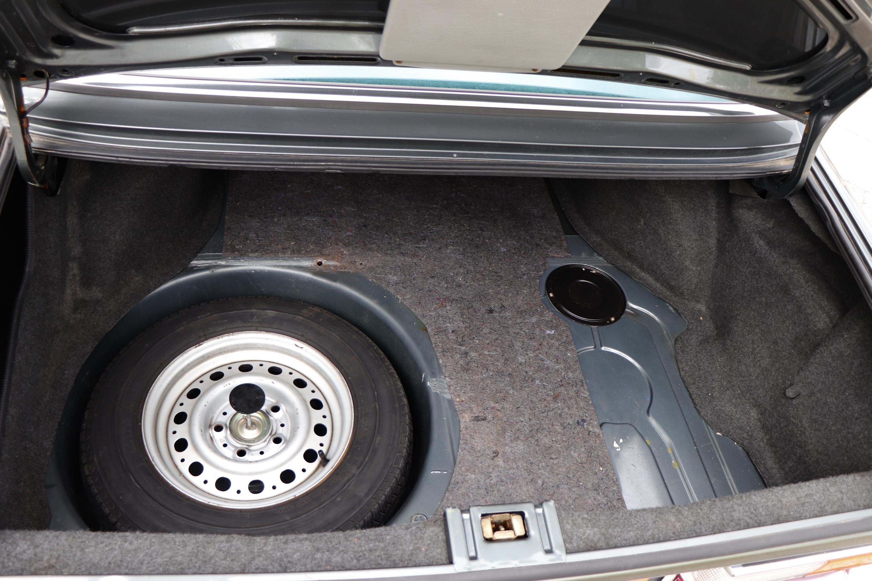 Coffre BMW 528i de 1985